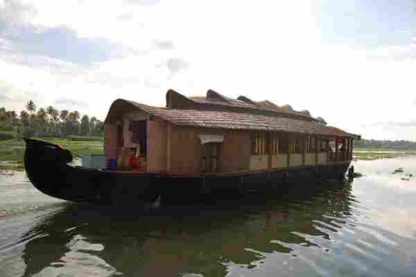 houseboats-in-Kerela