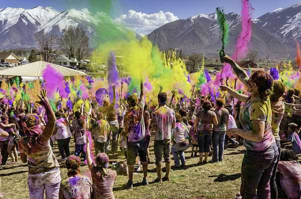Holi Festival, reason to visit india