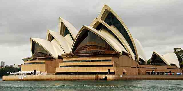 Sydney-Opera-House-Close