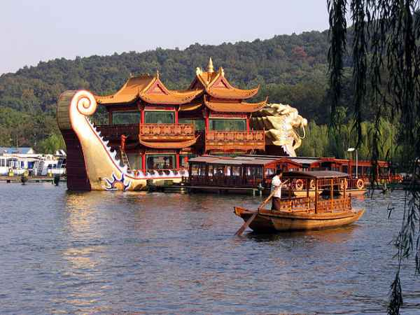 West-Lake-in-Hangzhou