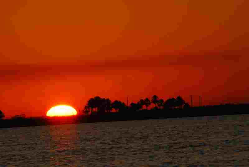 Sunset-at-Ibera-Wetlands