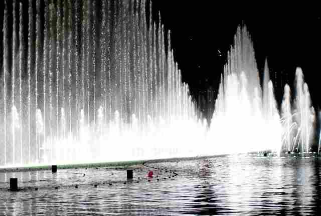 Dubai-Fountain-Show